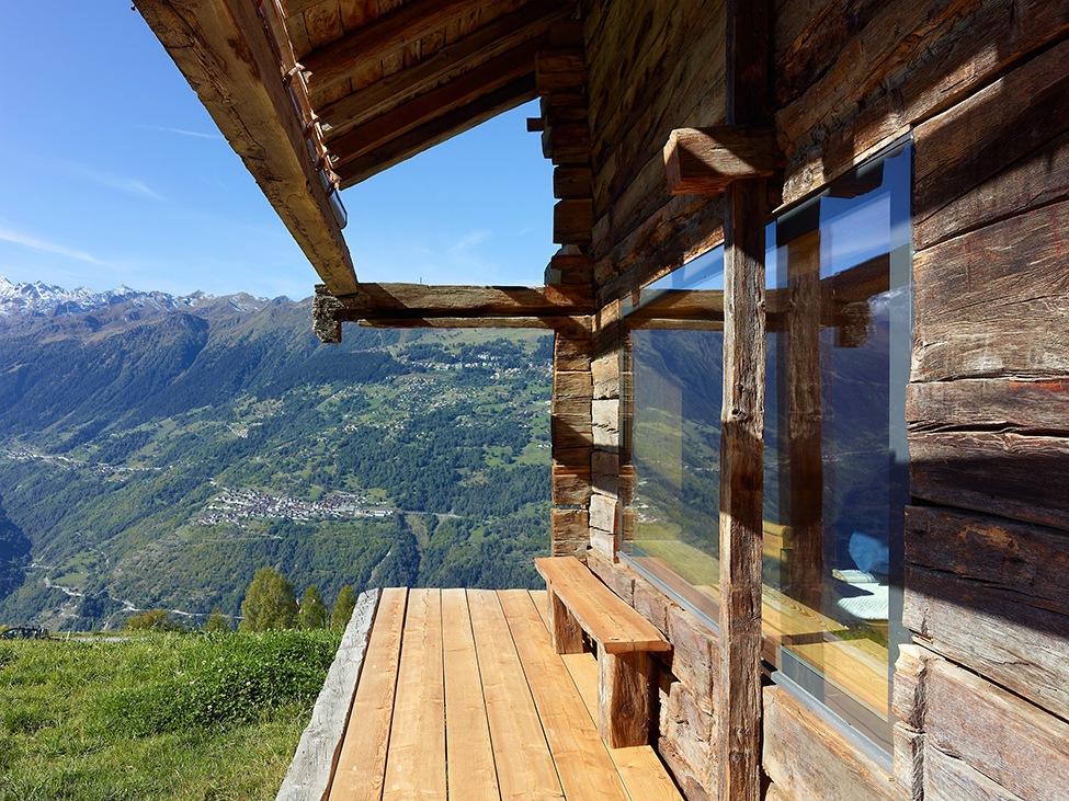 House_from_a_barn_Switzerland_1