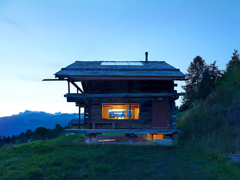 House_from_a_barn_Switzerland_13