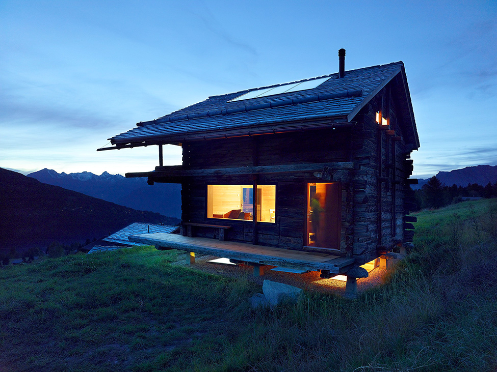 House_from_a_barn_Switzerland_14