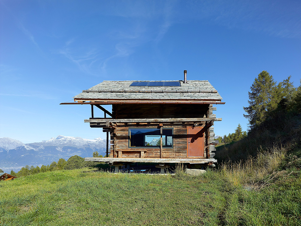 House_from_a_barn_Switzerland_5