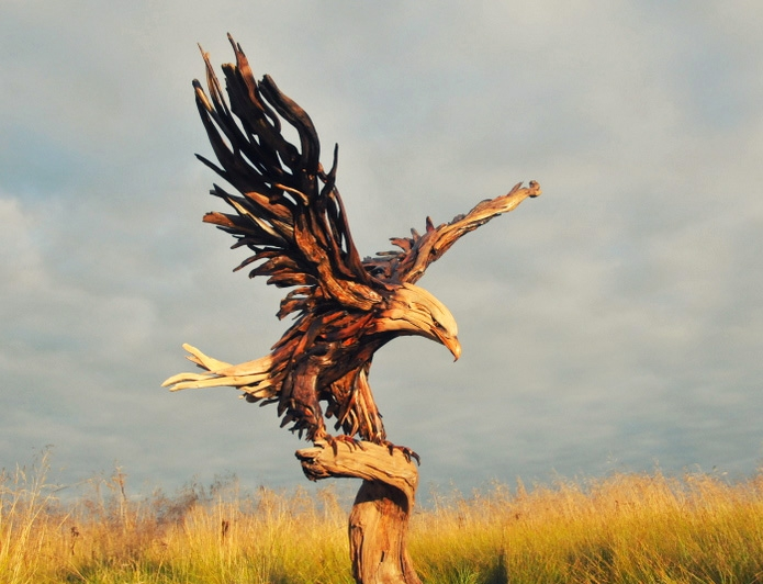 Sculptures-made-​​of-driftwood-just3ds.com-6