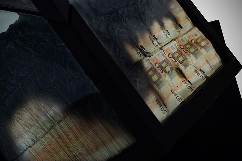 amarist-alejandro-monge-too-much-table-money-just3dscom-04