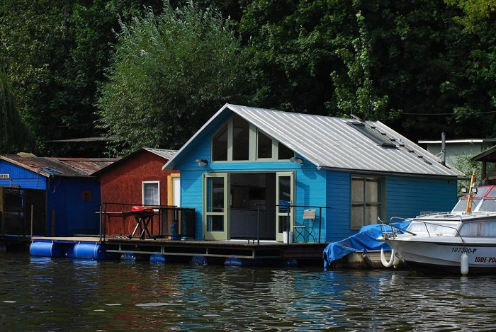 19-mjolk-architekti-houseboat-just3ds.com