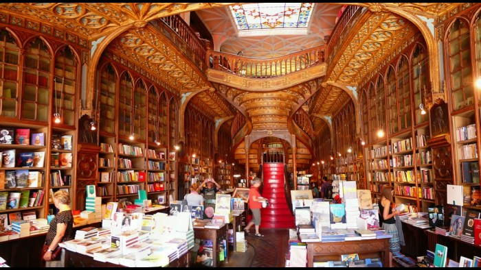 Most-beautiful-bookstore-just3ds.com-7