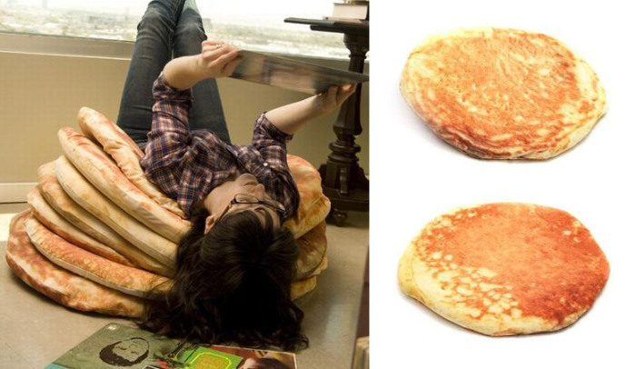 Pancake-cushions-just3ds.com-1