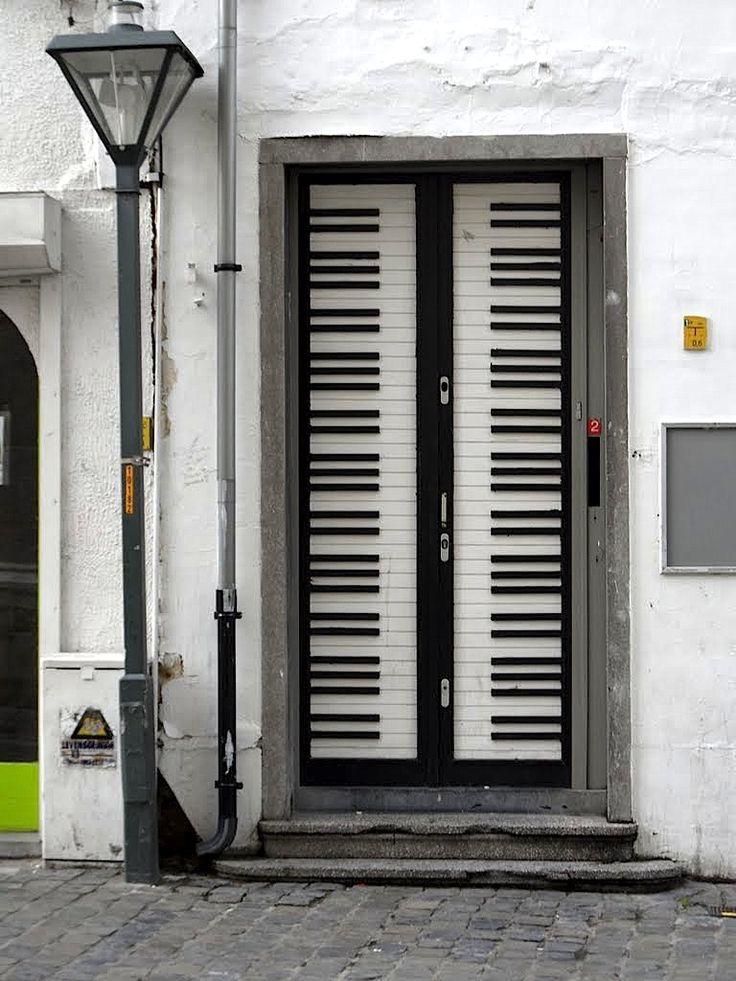 20-fantastic-doors-just3ds.com-12