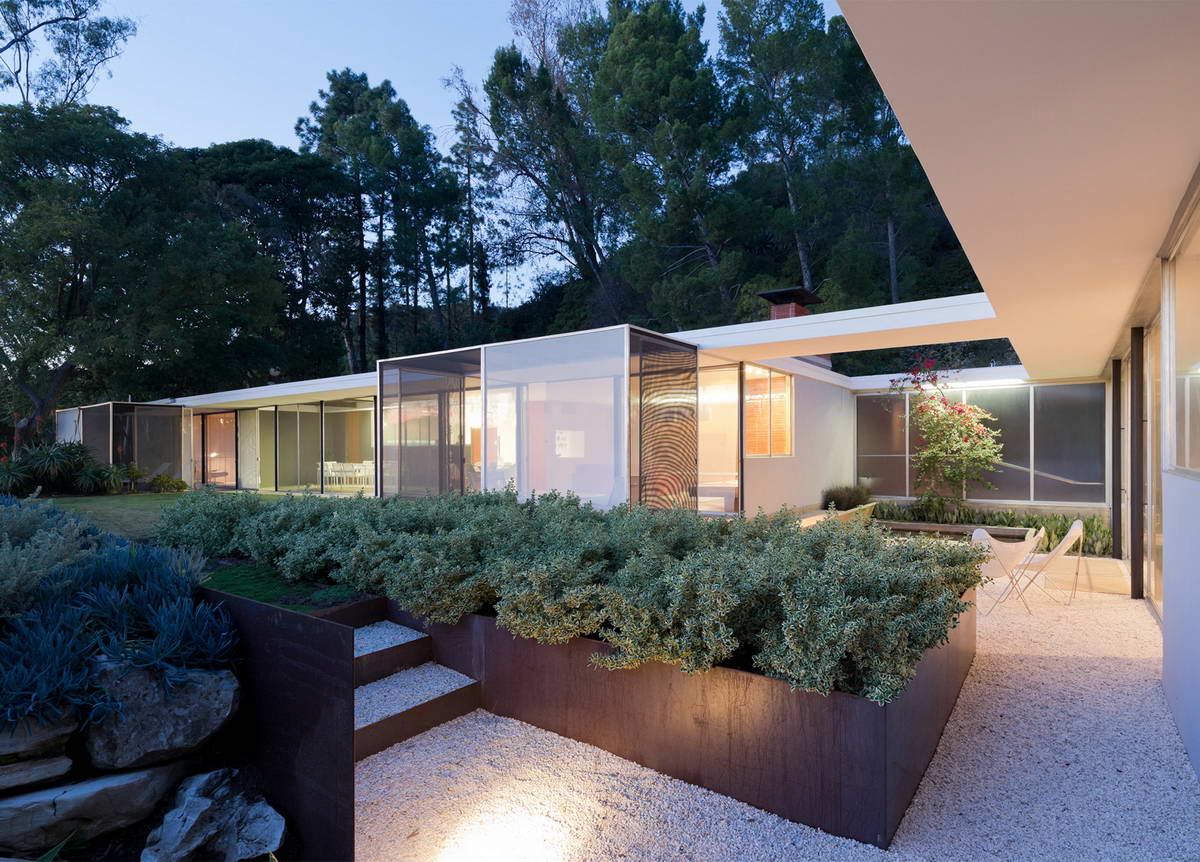 Architectural-Photographer-Julius-Shulman-just3ds.com-17