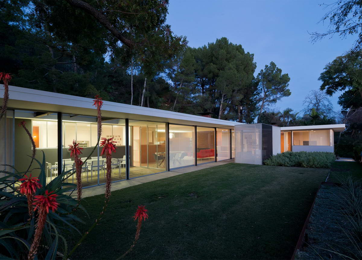 Architectural-Photographer-Julius-Shulman-just3ds.com-18