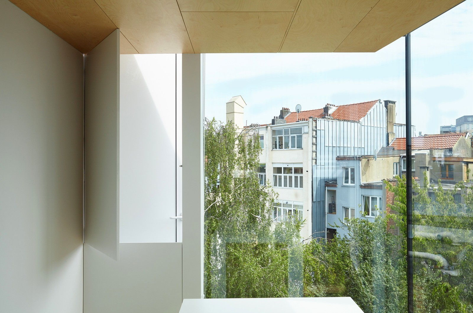 House-in-Belgium-just3ds.com-7