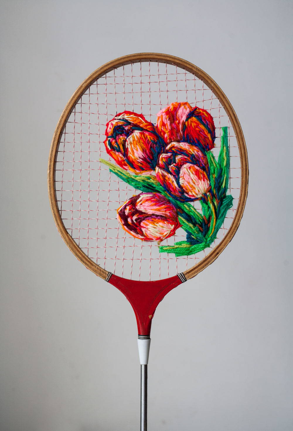Embroidery-on-a-tennis-racquet-just3ds.com-3