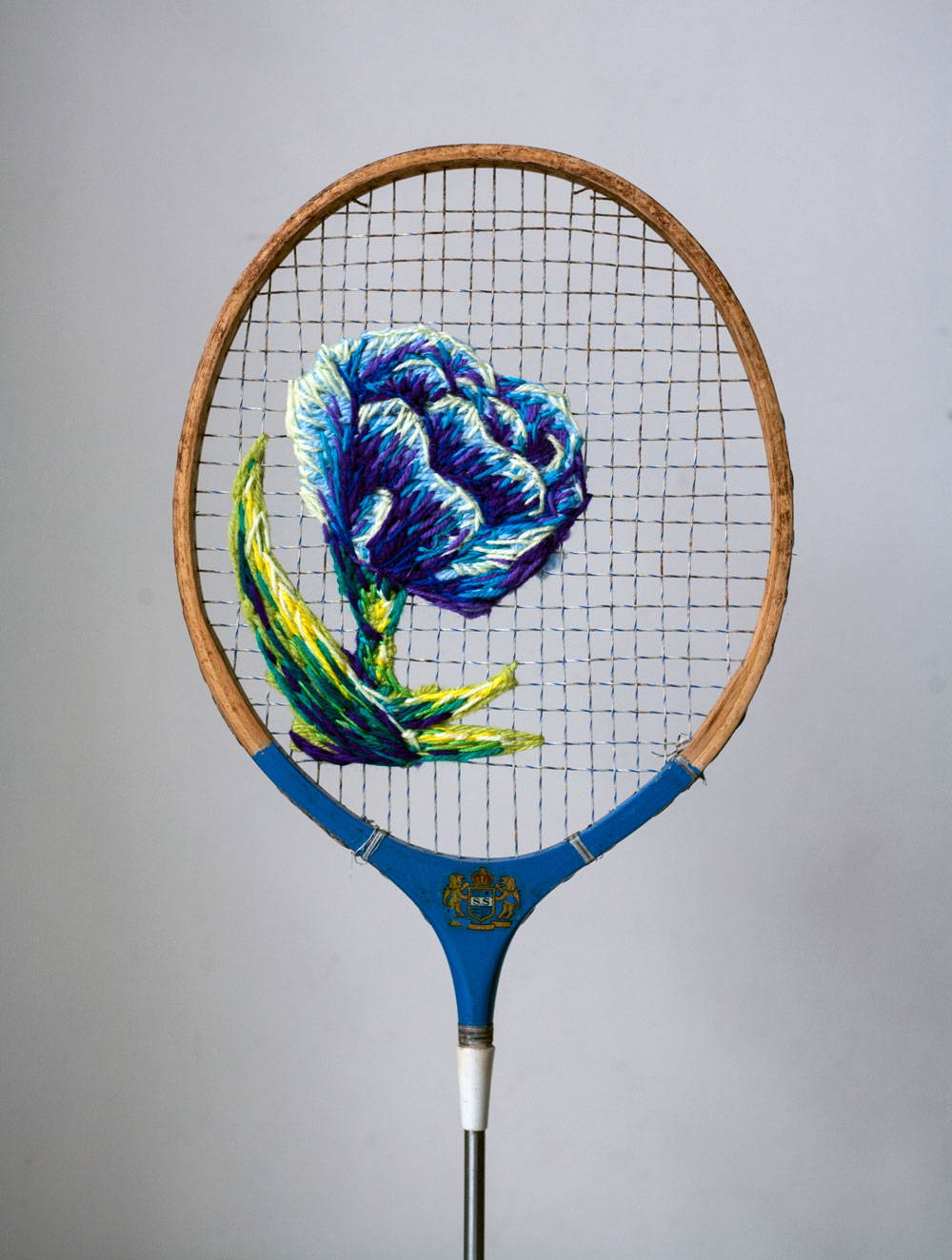 Embroidery-on-a-tennis-racquet-just3ds.com-4