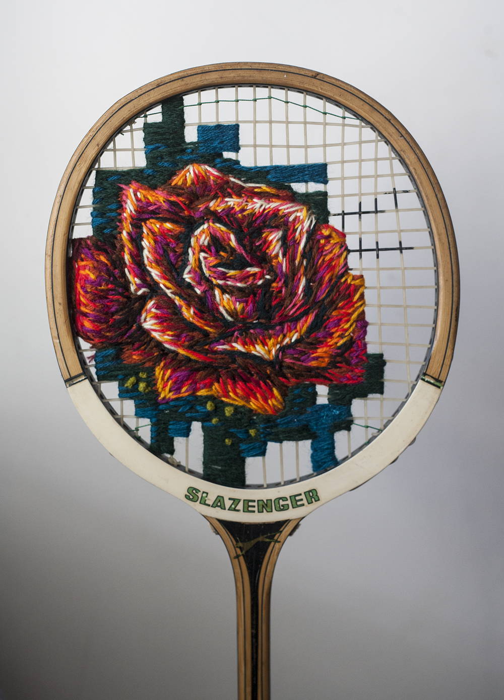 Embroidery-on-a-tennis-racquet-just3ds.com-7