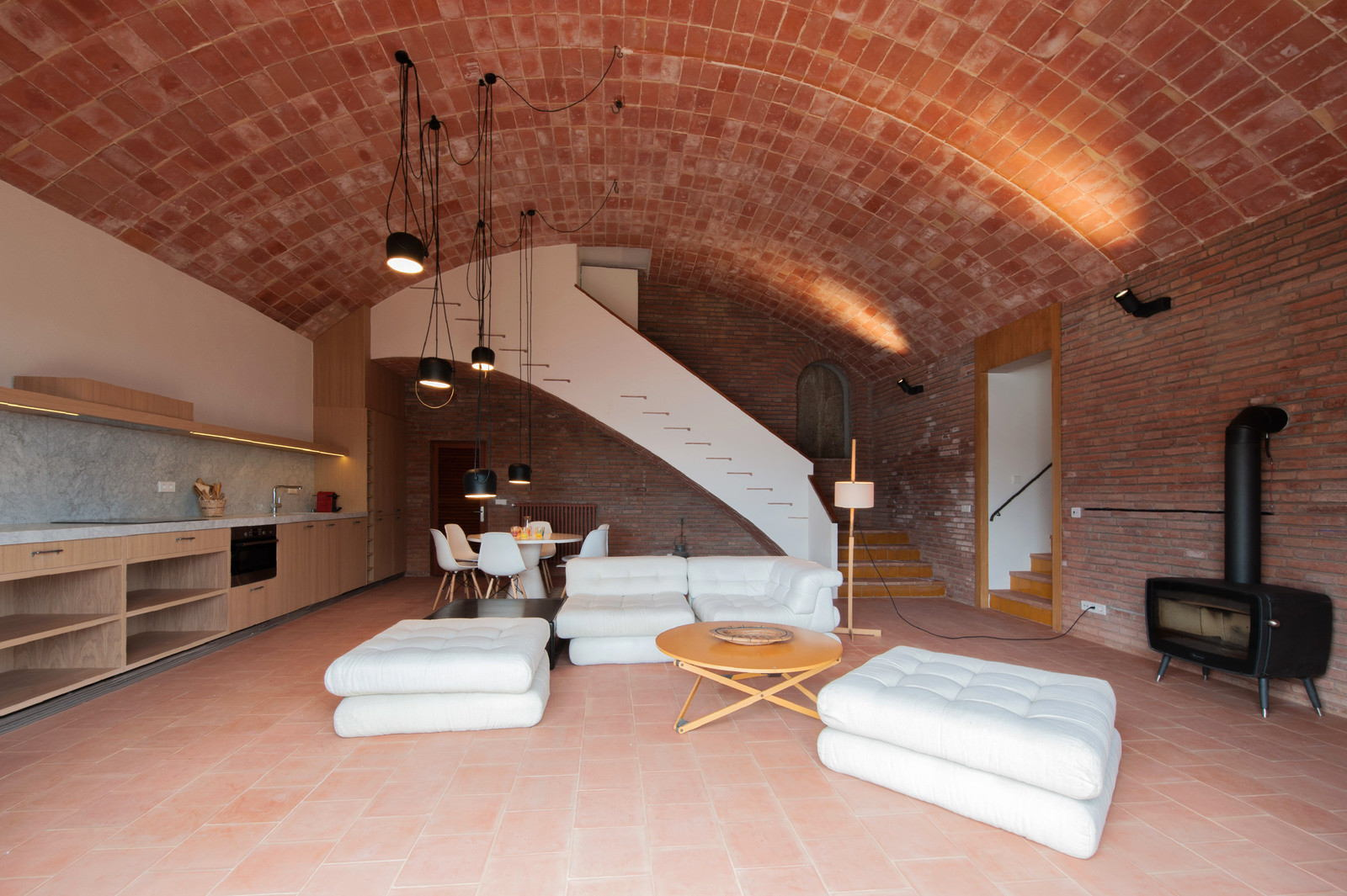 Renovation-of-a-private-house-just3ds.com-1
